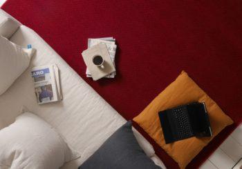 Como tirar manchas de café de tapetes ?